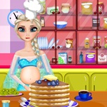 Elsa Cooking Cakes