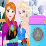 Elsa Clothes Washing